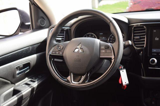 2020 Mitsubishi Outlander ES  | AWD | DUAL CLIMATE |