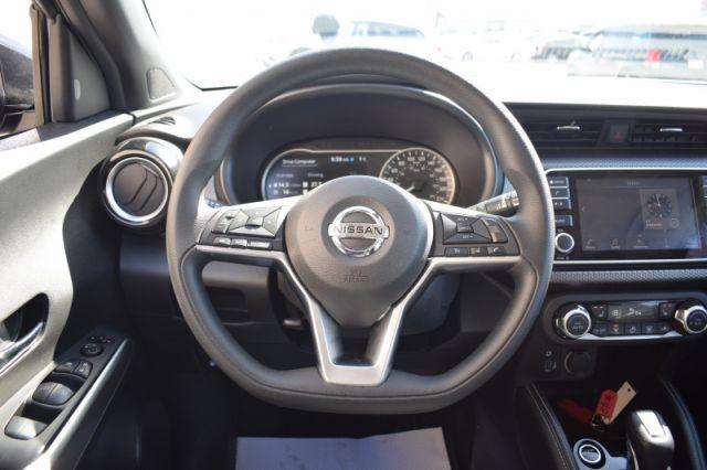 2020 Nissan Kicks SV    PUSH START   BACK UP CAM  