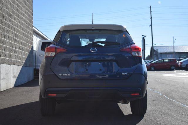 2020 Nissan Kicks SR    LEATHER   BACKUP CAM  