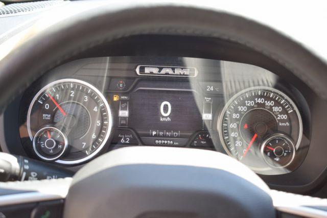 2020 Ram 1500 Big Horn    4X4   DUAL CLIMATE 