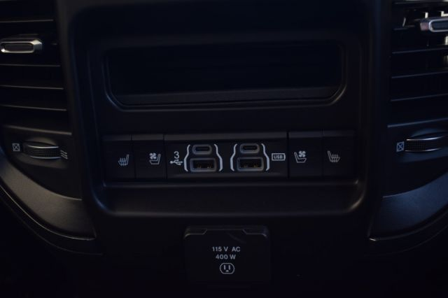 2020 Ram 1500 Limited  | 4X4  | LEATHER