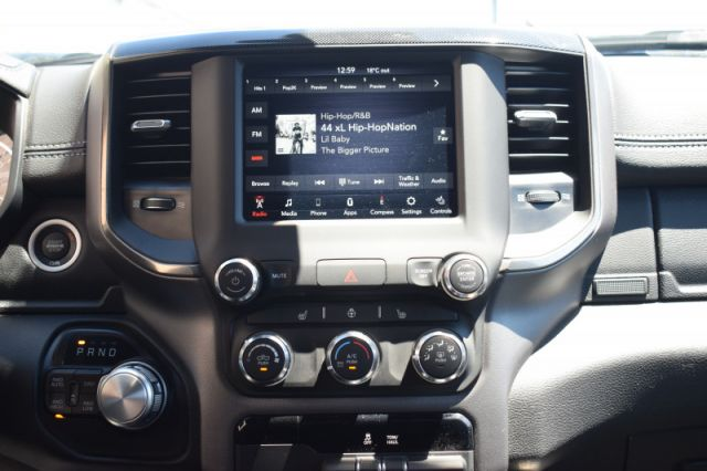 2020 Ram 1500 Sport    4X4   LEATHER   BACK UP CAM  