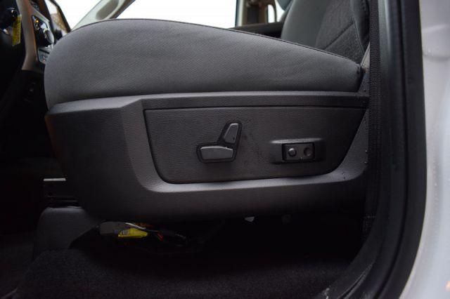 2020 Ram 1500 Classic SLT  4X4 | BENCH SEAT
