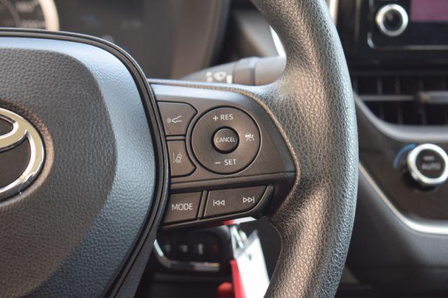 2020 Toyota Corolla LE  | BLIND SPOT MONITORING |