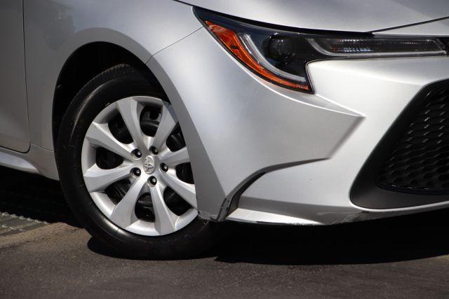2020 Toyota COROLLA Sedan LE