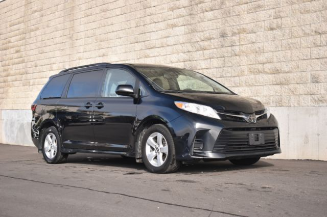 2020 Toyota Sienna LE 8-Passenger  | DUAL CLIMATE | HEATED SEATS |