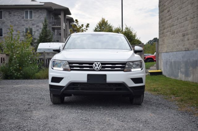 2020 Volkswagen Tiguan Trendline 4MOTION  -  Apple CarPlay