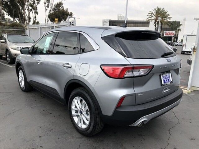 2021 Ford Escape SE FWD