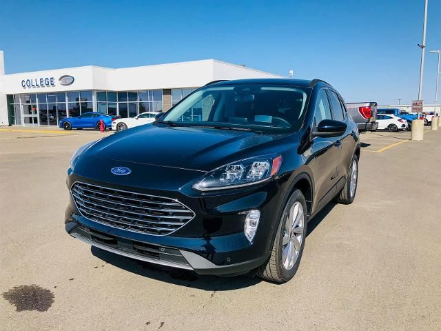 2021 Ford Escape Titanium Hybrid
