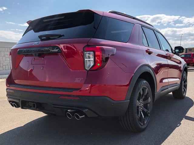 2021 Ford Explorer ST