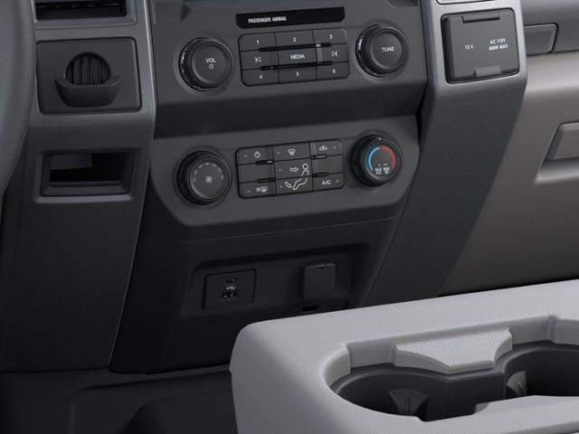 2021 Ford Super Duty F-350 SRW XL 2WD Crew Cab 6.75 Box