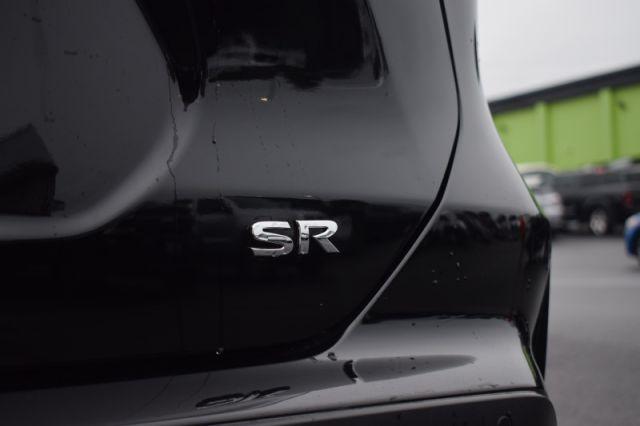 2021 Nissan Kicks SR    HEATED WHEEL   BOSE AUDIO   BLUETOOTH  