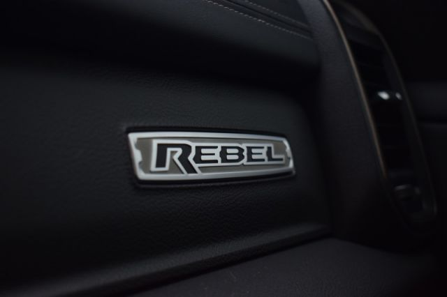 2021 Ram 1500 Rebel    DIGITAL REARVIEW MIRROR   HEADS UP DISPLAY  