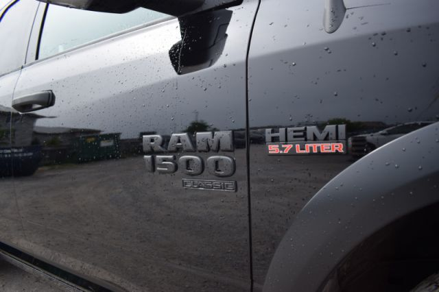 2021 Ram 1500 Classic Warlock    4X4   BACK UP CAM  