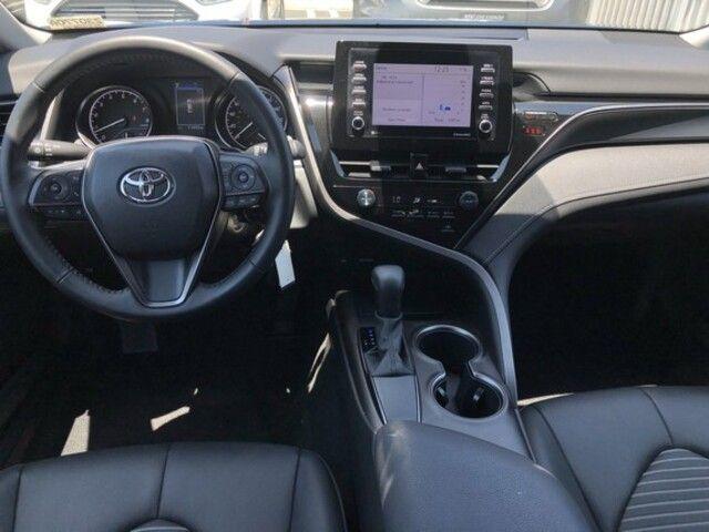 2021 Toyota Camry SE Auto