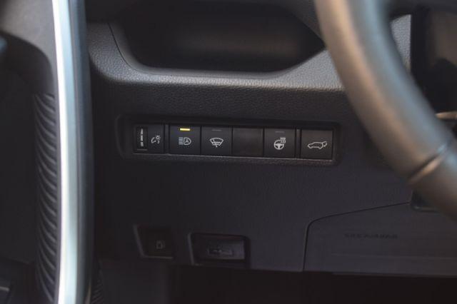 2021 Toyota RAV4 Hybrid XLE  | SUNROOF | HEATED WHEEL | DUAL CLIMATE |