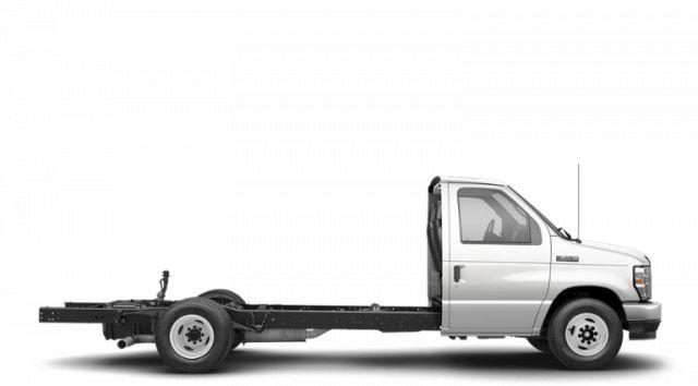 2022 Ford Econoline Cutaway E-450 DRW Cutaway